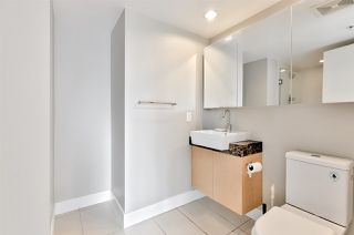 """Photo 10: 903 565 SMITHE Street in Vancouver: Downtown VW Condo for sale in """"VITA AT SYMPHONY PLACE"""" (Vancouver West)  : MLS®# R2503955"""