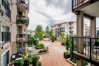 Photo 2: 215 20175 53 Avenue in Langley: Langley City Condo for sale : MLS®# R2511674