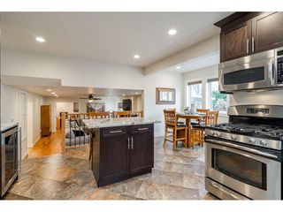 """Photo 12: 21021 43 Avenue in Langley: Brookswood Langley House for sale in """"Cedar Ridge"""" : MLS®# R2521660"""