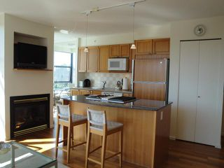 Photo 3: 2001 1723 ALBERNI Street in Vancouver: West End VW Condo for sale (Vancouver West)  : MLS®# V814302