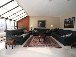 Photo 2: 423 1505 8 Avenue NW in CALGARY: Hillhurst Condo for sale (Calgary)  : MLS®# C3421521