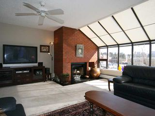 Photo 3: 423 1505 8 Avenue NW in CALGARY: Hillhurst Condo for sale (Calgary)  : MLS®# C3421521