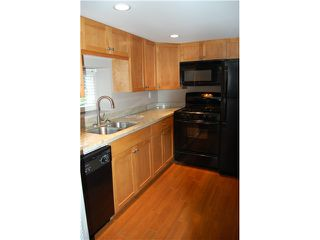 """Photo 10: 404 W 23RD Avenue in Vancouver: Cambie House for sale in """"CAMBIE VILLAGE"""" (Vancouver West)  : MLS®# V828426"""