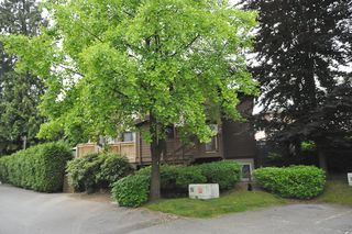 "Photo 1: 5 302 AFTON Lane in Port Moody: North Shore Pt Moody Townhouse for sale in ""HIGHLAND PARK"" : MLS®# V839060"