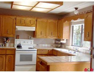 "Photo 4: 2345 CAMERON CR in Abbotsford: Abbotsford East House for sale in ""Glenview Estates"" : MLS®# F2615191"