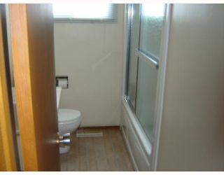 Photo 4: 793 LAXDAL Road in WINNIPEG: Charleswood Residential for sale (South Winnipeg)  : MLS®# 2822685