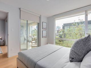 "Photo 12: 306 1635 W 3RD Avenue in Vancouver: False Creek Condo for sale in ""Lumen"" (Vancouver West)  : MLS®# R2404854"