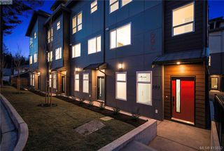Photo 2: 105 694 Hoylake Avenue in VICTORIA: La Thetis Heights Row/Townhouse for sale (Langford)  : MLS®# 415832