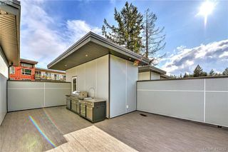 Photo 11: 105 694 Hoylake Avenue in VICTORIA: La Thetis Heights Row/Townhouse for sale (Langford)  : MLS®# 415832
