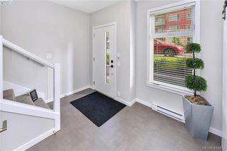 Photo 12: 105 694 Hoylake Avenue in VICTORIA: La Thetis Heights Row/Townhouse for sale (Langford)  : MLS®# 415832