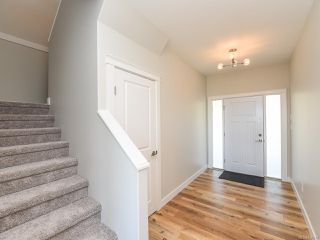 Photo 2: 3378 Harbourview Blvd in COURTENAY: CV Courtenay City House for sale (Comox Valley)  : MLS®# 830047