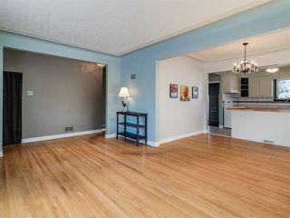 Photo 4: 8724 89 Avenue in Edmonton: Zone 18 House for sale : MLS®# E4187395