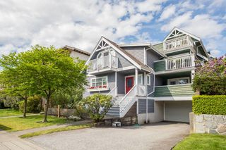 Main Photo: C 136 W 4TH Street in North Vancouver: Lower Lonsdale Townhouse for sale : MLS®# R2454273
