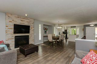 Photo 5: 9 EVERGREEN Drive: St. Albert House for sale : MLS®# E4196324