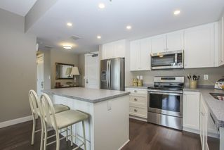 """Photo 21: 812 15333 16 Avenue in Surrey: King George Corridor Condo for sale in """"THE RESIDENCE OF ABBY LANE"""" (South Surrey White Rock)  : MLS®# R2455911"""