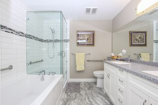 """Photo 28: 812 15333 16 Avenue in Surrey: King George Corridor Condo for sale in """"THE RESIDENCE OF ABBY LANE"""" (South Surrey White Rock)  : MLS®# R2455911"""