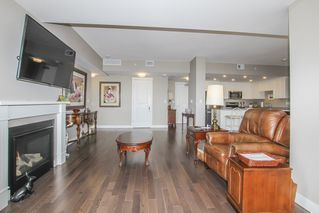 """Photo 9: 812 15333 16 Avenue in Surrey: King George Corridor Condo for sale in """"THE RESIDENCE OF ABBY LANE"""" (South Surrey White Rock)  : MLS®# R2455911"""