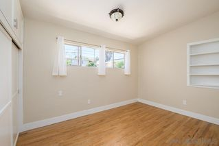 Photo 12: BAY PARK House for sale : 3 bedrooms : 1550 Bervy St in San Diego