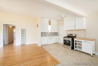 Photo 5: BAY PARK House for sale : 3 bedrooms : 1550 Bervy St in San Diego