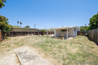 Photo 22: BAY PARK House for sale : 3 bedrooms : 1550 Bervy St in San Diego