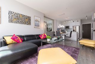 """Photo 6: 105 1152 WINDSOR Mews in Coquitlam: New Horizons Condo for sale in """"PARKER HOUSE AT WINDSOR GATE"""" : MLS®# R2469460"""