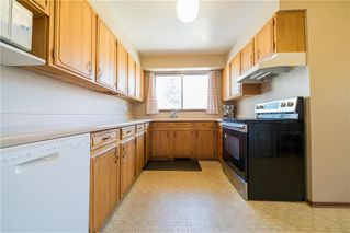 Photo 8: 51 Tamworth Bay in Winnipeg: Fort Richmond Residential for sale (1K)  : MLS®# 202015985