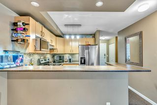 """Photo 4: 321 20200 56 Avenue in Langley: Langley City Condo for sale in """"THE BENTLEY"""" : MLS®# R2526223"""