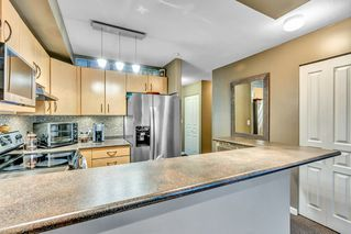 """Photo 5: 321 20200 56 Avenue in Langley: Langley City Condo for sale in """"THE BENTLEY"""" : MLS®# R2526223"""