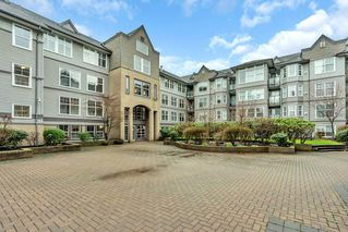 """Photo 22: 321 20200 56 Avenue in Langley: Langley City Condo for sale in """"THE BENTLEY"""" : MLS®# R2526223"""