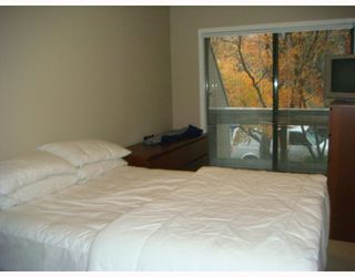 """Photo 10: 105 1299 W 7TH Avenue in Vancouver: Fairview VW Condo for sale in """"MARBELLA"""" (Vancouver West)  : MLS®# V798852"""
