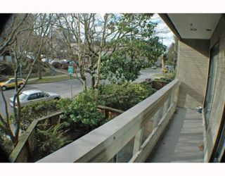 """Photo 3: 105 1299 W 7TH Avenue in Vancouver: Fairview VW Condo for sale in """"MARBELLA"""" (Vancouver West)  : MLS®# V798852"""