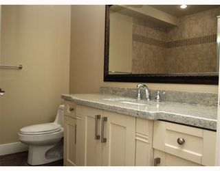 "Photo 6: 390 55TH Street in Tsawwassen: Pebble Hill House 1/2 Duplex for sale in ""PEBBLE HILL"" : MLS®# V807633"