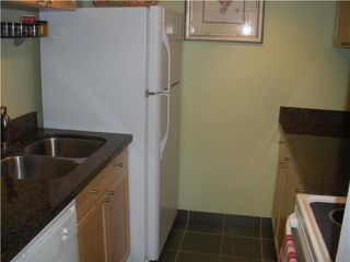 "Photo 3: 204 830 E 7TH Avenue in Vancouver: Mount Pleasant VE Condo for sale in ""FAIRFAX"" (Vancouver East)  : MLS®# V827665"
