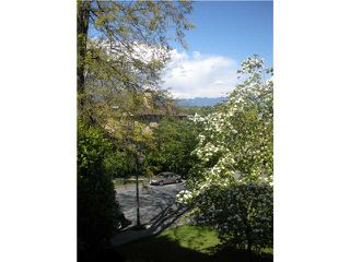 "Photo 1: 204 830 E 7TH Avenue in Vancouver: Mount Pleasant VE Condo for sale in ""FAIRFAX"" (Vancouver East)  : MLS®# V827665"
