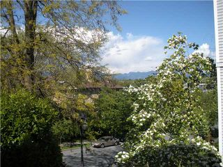 "Photo 2: 204 830 E 7TH Avenue in Vancouver: Mount Pleasant VE Condo for sale in ""FAIRFAX"" (Vancouver East)  : MLS®# V827665"