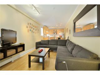 "Photo 3: 104 2036 YORK Avenue in Vancouver: Kitsilano Condo for sale in ""THE CHARLESTON"" (Vancouver West)  : MLS®# V867310"
