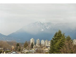 "Photo 10: 104 2036 YORK Avenue in Vancouver: Kitsilano Condo for sale in ""THE CHARLESTON"" (Vancouver West)  : MLS®# V867310"