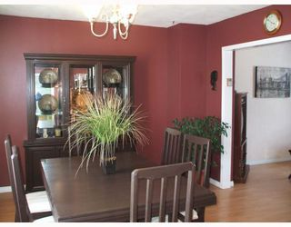 Photo 2: 314 KILDARE Avenue West in WINNIPEG: Transcona Residential for sale (North East Winnipeg)  : MLS®# 2901523