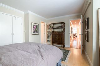 "Photo 12: 401 1165 BURNABY Street in Vancouver: West End VW Condo for sale in ""QU'APPELLE"" (Vancouver West)  : MLS®# R2391327"