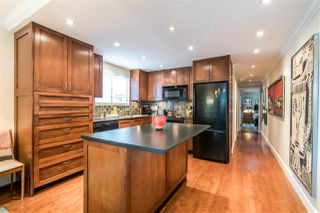 """Photo 2: 401 1165 BURNABY Street in Vancouver: West End VW Condo for sale in """"QU'APPELLE"""" (Vancouver West)  : MLS®# R2391327"""