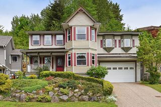 "Photo 1: 35679 TIMBERLANE Drive in Abbotsford: Abbotsford East House for sale in ""MOUNTAIN VILLAGE"" : MLS®# R2393387"