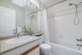 Photo 10: 28 2951 PANORAMA Drive in Coquitlam: Westwood Plateau Townhouse for sale : MLS®# R2396991