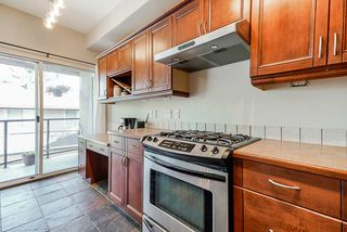 Photo 14: 28 2951 PANORAMA Drive in Coquitlam: Westwood Plateau Townhouse for sale : MLS®# R2396991