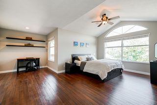 Photo 3: 28 2951 PANORAMA Drive in Coquitlam: Westwood Plateau Townhouse for sale : MLS®# R2396991