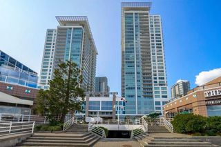 "Photo 1: 3001 908 QUAYSIDE Drive in New Westminster: Quay Condo for sale in ""Riversky 1"" : MLS®# R2398687"