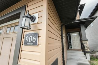 Photo 2: 906 GOSHAWK Point in Edmonton: Zone 59 House for sale : MLS®# E4175623