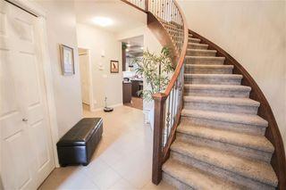 Photo 3: 906 GOSHAWK Point in Edmonton: Zone 59 House for sale : MLS®# E4175623