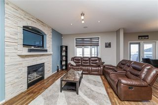 Photo 8: 38 Turner Crescent in Red Deer: RR Timberlands Residential for sale : MLS®# CA0183523