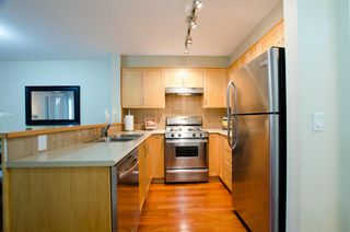 Photo 6: 104 1868 WEST 5TH AVENUE in GREENWICH: Home for sale
