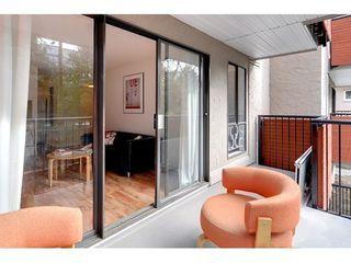 Photo 7: 211 2142 CAROLINA Street in Vancouver East: Home for sale : MLS®# V970139